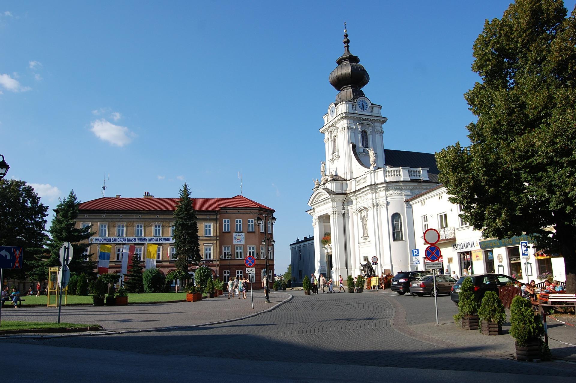 Busy małopolskie - Belgia - Miasto Wadowice